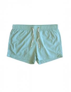 Short corto para hombre color verde